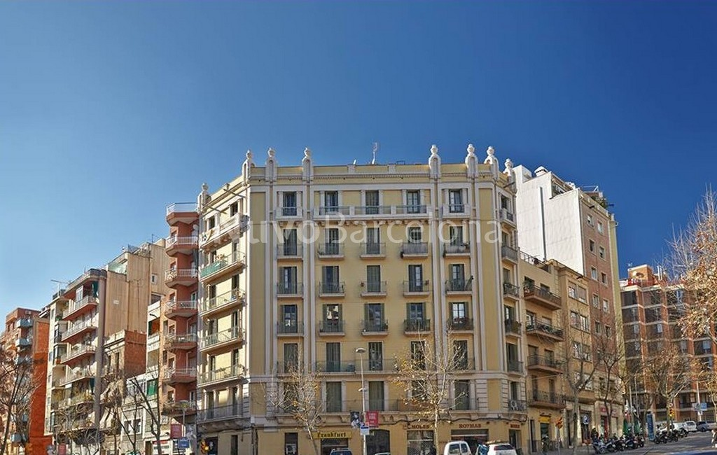 Flats for sale in Barcelona Spain - MARIA CLARET 131